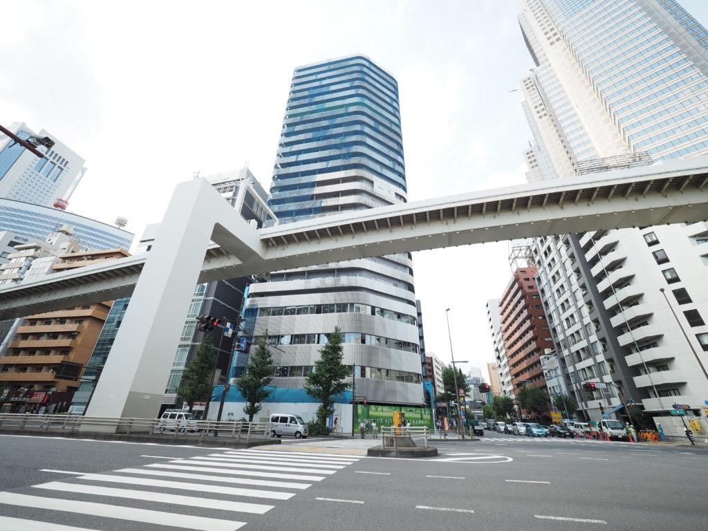 TSI新宿タワー外観1